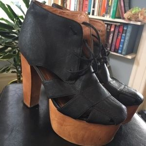 Leather and Wood Platfrom Heels